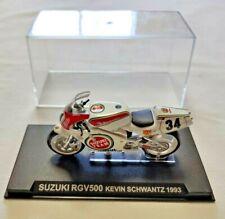 SUZUKI RGV500 KEVIN SCHWANTZ 1993 MODELLINO MOTO SCALA 1/24 DE AGOSTINI CON TECA