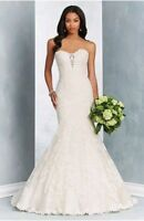 NWT Alfred Angelo Signature Collection #2603- Mermaid Lace Wedding Gown