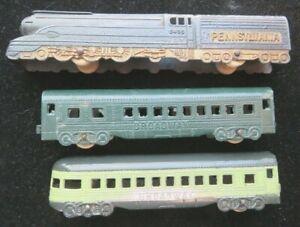 Tootsietoy No. 188 Broadway Limited 3 Car Train Set Mfg. 1937 Nice Condition