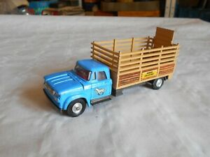 Corgi toys Daktari series Dodge Kew fargo truck wameru sub district excellent