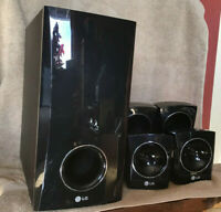 LG Speaker Set and Subwoofer - Black. Model SH33SU-W.  Great Condition.