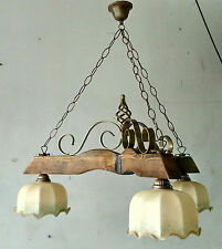 Lampadario rustico ferro battuto e legno coppette in vetro per tavernetta