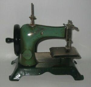 Antique HOGE Child's Sewing Machine Green Works Well Pressed Steel #DE6
