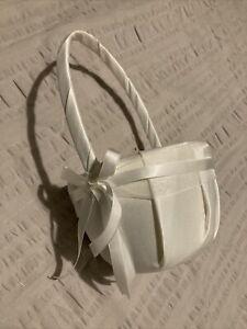 SODIAL Satin Wedding Flower Girl Basket Bowknot Decor - White