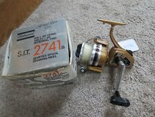 Shakespeare 2741 Surf fishing reel made in Japan  (lot#12732)