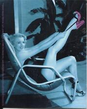 MARILYN MONROE LOUNGING STICKER