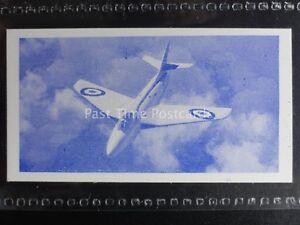 No.40 HAWKER HUNTER Modern Aircraft by Osborne Tobacco Co. Ltd 1952