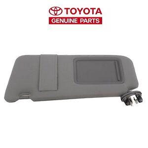 OEM 2007-2011 Toyota Camry Set of Sun Visors  BIGE  LIGHTED
