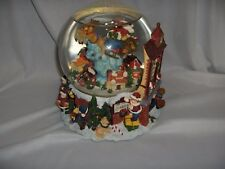 Vintage Christmas Santa Claus Is Coming To Town Music Box Snow Globe Nice
