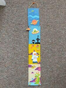 Kids Height chart Wooden Alien Theme