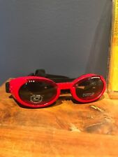 DOGGLES SHINEY RED FRAME ILS SUNGLASSES UV PROTECTIVE EYEWEAR SIZE MEDIUM NEW