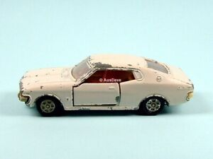 TOMICA / #69 1:61 Toyota Corona MKII-L (White) / Play-wear, no packaging.