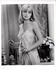 Michelle Pfeiffer in Negligee 8x10 photo P0760