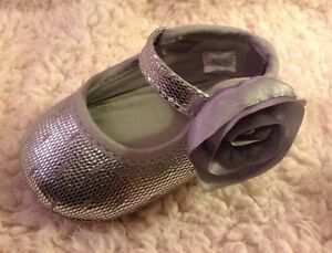 NEW Baby Deer Newborn Baby Girl Silver Sparkle Shoes Crawling Stage Size 3