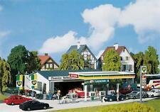 Faller H0 130345: Tankstelle mit Servicegebäude - Epoche III