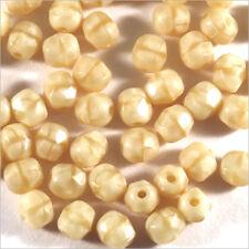 Facettes de Bohème 4mm Crème Lot de 50 perles