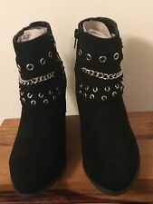 women /girl Black Boots  with Chains