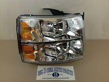 07-13 Chevrolet Silverado RH Passenger Headlight / Park Lamp new OEM 22853028