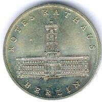 """DDR 5 Mark 1987 A. """"Rotes Rathaus Berin"""" Jaeger 1614, kl. Kratzer, fast vz/st"""