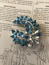 Vintage Laurel Wreath Blue Marquis Cut Brooch Pin