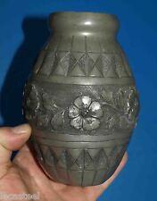 beau vase en étain signé noel collet - art nouveau