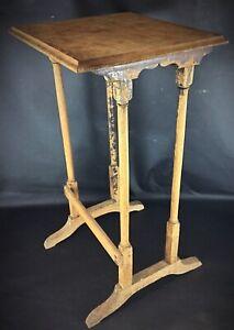 Ancienne table guéridon en bois art nouveau