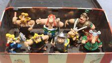 lot figurines Astérix et boite métal collection