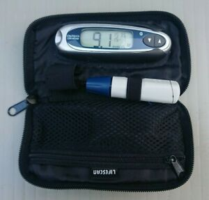 LifeScan One Touch Ultra Easy Blood Glucose Meter System + LifeScan Bag