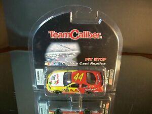 Terry Labonte #44 Kellogg's Corn Flakes 2005 Chevrolet Monte Carlo 1:64 T.C.