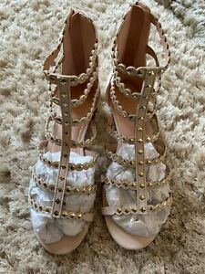 Ladies gorgeous Suede sandals from Top Shop - Dusky Pink BNWT - Size 4