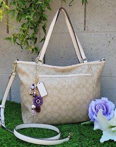 Coach Signature Pocket Tote Bag purse shoulder handbag F33998 chalk khaki+charm