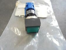 Pushbutton Switch Threaded  30256 SWITCH GREEN LENS 5A @ 250V