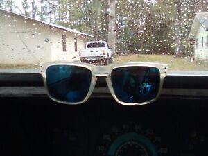 Mens oakley holbrook sunglasses