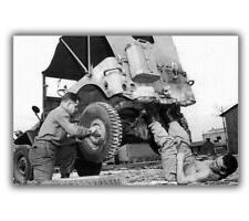 """War Photo Images Of War, History jeep repair WW2 Glossy Size """"4 x 6"""" inch N"""