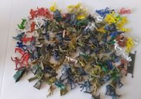 Vintage 1970's toy plastic soldiers, cowboys, Indians 150 pieces job lot Bundle