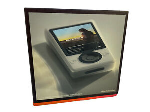 Microsoft Zune 30 White (30 GB) Digital Media Player Brand New / Refurbished