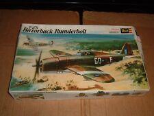 VINTAGE 1971 REVELL Model P-47D RAZORBACK THUNDERBOLT Kit #H-151 SCALE: 1/32