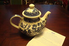 Churchill of England Teapot in the WILLOW BLUE pattern made in Staffordshire[a*4