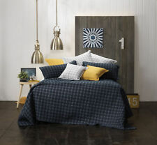 Polyester Contemporary Quilts & Bedspreads