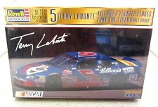 New Sealed Revell #5 Terry Labonte Kellogg's Frosted Flakes Monte Carlo Limited
