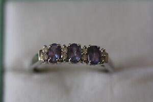 9CT TANZANITE AND DIAMOND RING