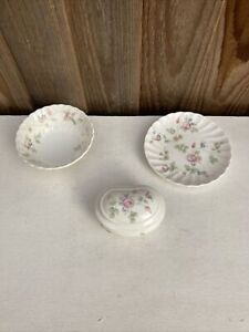 3 X WEDGEWOOD ROSEHIP 🌹BONE CHINA TEMPLETON TRAY, PEARL BOX, SMALL BOWL
