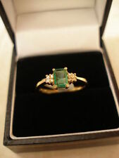 Emerald Wedding Natural Yellow Gold Fine Rings