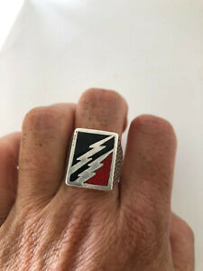 Vintage Southwestern Coral Mens Ring Inlay Silver White Bronze Size 11.5