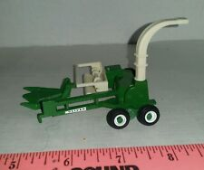 1/64 ERTL CUSTOM FARM TOY LOADED AGCO WHITE OLIVER HAY FORAGE CHOPPER HARVESTOR