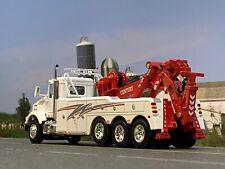 1/64 DCP WHITE KENWORTH T800 TRI-AXLE W/ CENTURY 9055 WRECKER