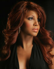 Toni Braxton UNSIGNED photo - M2710 - American singer & songwriter - NEW IMAGE!!