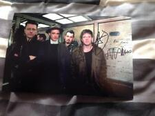 TRAVIS BAND HAND SIGNED 12 X 8 PHOTO THE MAN WHO THE INVISIBLE BAND FRAN HEALY