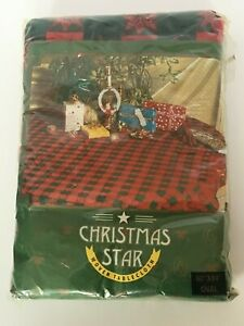 "Christmas Star Plaid Tablecloth Vintage 60""x 84"" Oval Cotton Red Green Holiday"