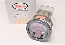 NEW DWYER PHOTOHELIC GAUGE 3004C 25PSIG 0-4